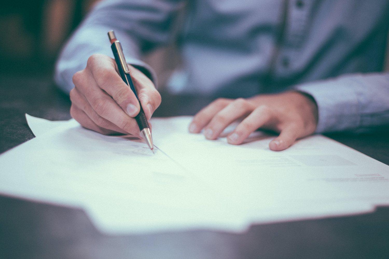 Bild zu Einführung von Kurzarbeit durch Änderungskündigung